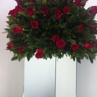 Arranjo grande com rosas colombianas