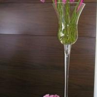 Arranjos em taça com flores Lilas com mini arranjinho