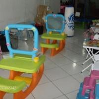 Mesas de atividades e mesas infantis decoradas