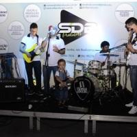 Imagens da Banda Som de Bar no evento de inauguração de nossa empresa. Outros músicos passaram por n