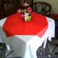 mesas e toalhas