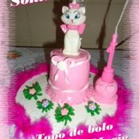 topo de bolo infantil marie