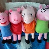 Teatro de fantoche com a família da Peppa