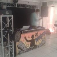 DJ com estrutura completa de diversos formatos