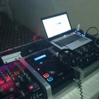 DJ social e empresarial.  Desconto especial para espaços que procuram residentes.