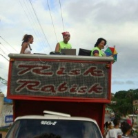 Animação para o carnaval. DJ e bandas para trio elétrico e camarotes