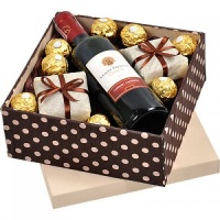 Caixa Amo Chocolates e Vinho 1 R$99,90 01-Caixa/Baú decorada 01-Garrafa de vinho Santa Helena ou S