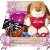 Baú de cholate pra sempre te amar R$103,50 01 Pelucia 01 Caixa de Bombom 01 Barra de Chocolate 0