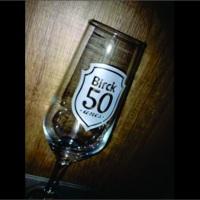 Taça para cerveja personalizada. Lembrancinha para aniversário 50 anos. (91630)