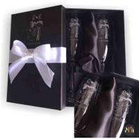 Kit taças de cristal para espumante personalizadas com jateamento, caixa em cartonaria preta, cetim