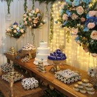 Casamento azul com chá