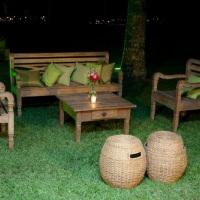 lounge namoradeira de madeira de demolição