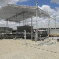 Cobertura palco em Q 30.