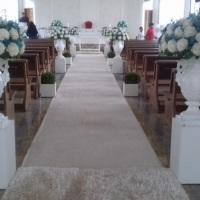 Passarela da noiva com flores naturais