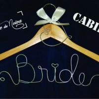 Cabide para noivas