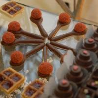 Colher de Chocolate, Mini Waffle e Mini Bolo de Chocolate