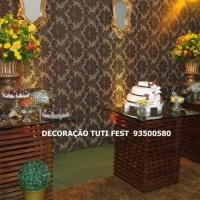 Decoração para casamento montagem de mesas com base de palets e tampo de vidro,pa compor a decoração
