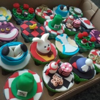 Cupcakes - Alice no País das Maravilhas.
