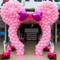 Arco da Minnie Rosa de balão