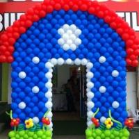 Casa da Galinha Pintadinha de Balões