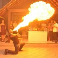 Pirofagia - performance com fogo...