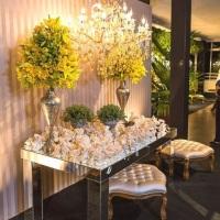 lembrancinhas de casamento com linda decoracao de mesa