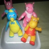 kit personagens infantis ate 4 personagens 55,00